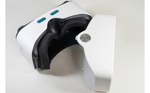 VRヘッドセットが付属