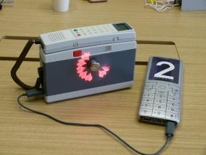 USB扇風機とモバイルバッテリー