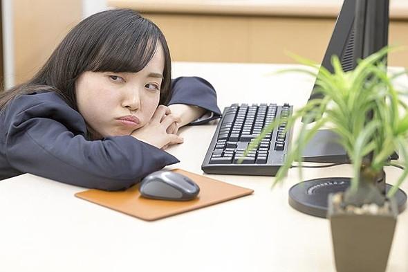 若年層のSNS利用調査 電話番号よりLINE交換が多数派の一方で「SNS疲れ」も
