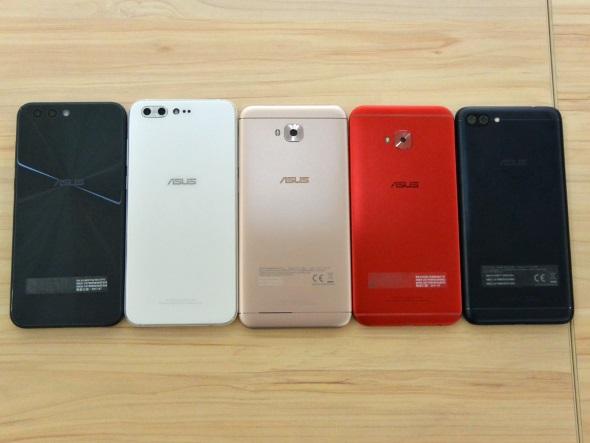 ZenFone 4ファミリー(背面)