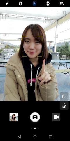 nova lite 2の標準カメラアプリ