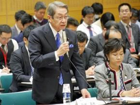 石田真俊総務大臣