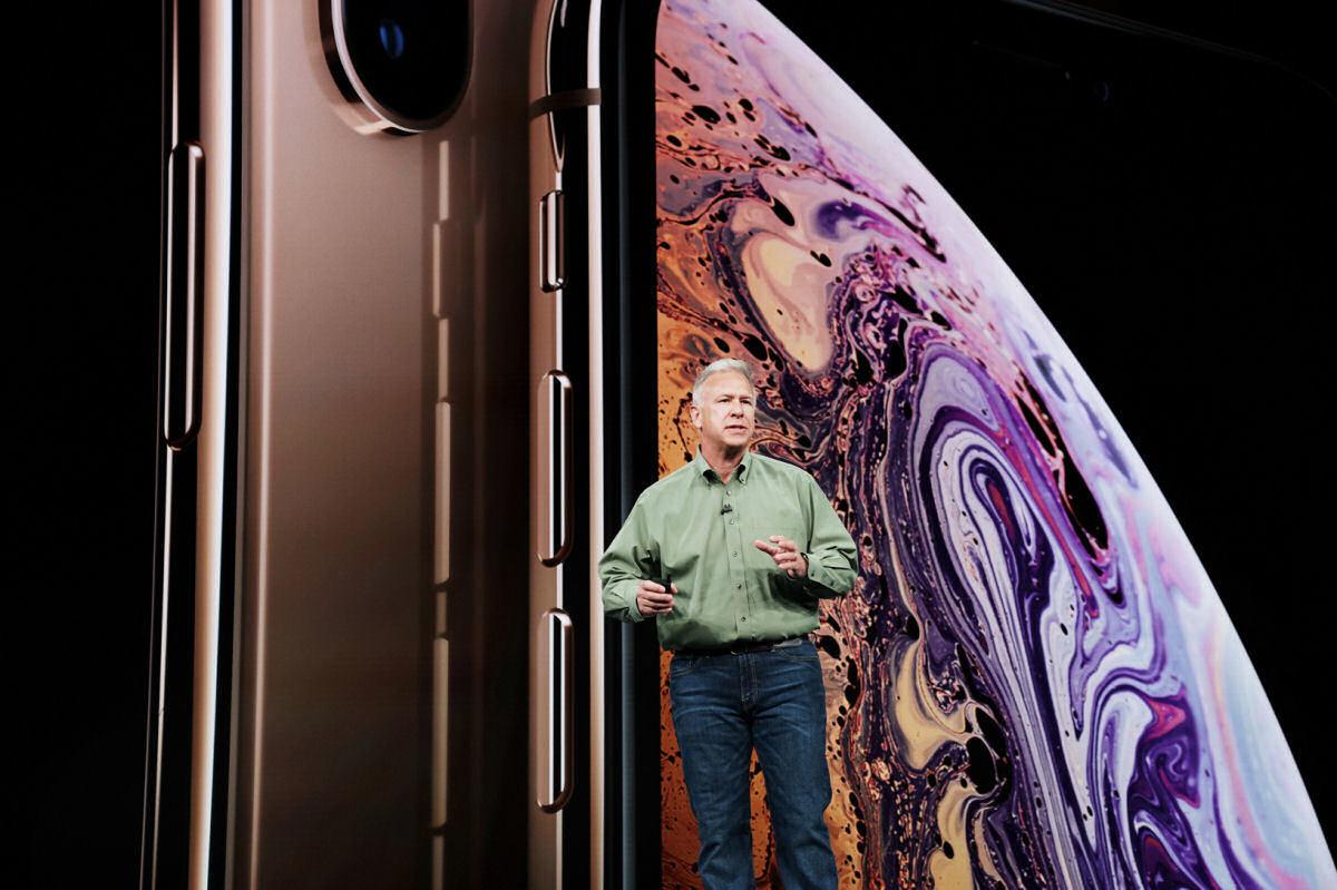 XR誕生の背景、eSIM採用の狙い Appleフィル・シラー氏が語る「2018年のiPhone」