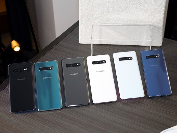 カラーバリエーションはGalaxy S10より2色多い6色展開。セラミックブラックとセラミックホワイトがS10+限定