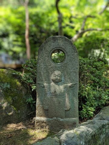 Pixel 3で撮った石仏