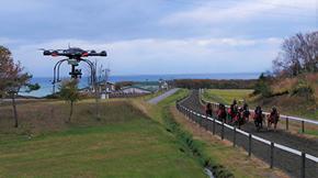 KDDIらが実施した軽種馬の育成支援を目的とする5G活用の実証実験