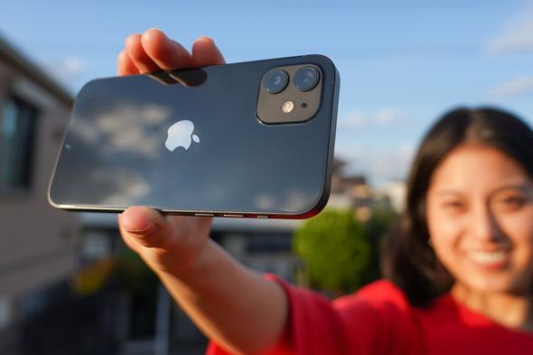 iPhone 12」のカメラを徹底的に試す iPhone 11世代から買い替えるレベル?:荻窪圭の携帯カメラでこう遊べ(1/4 ページ) -  ITmedia Mobile