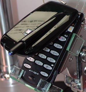 Mobile�F�h�R���u�[�X�ŁuSO503iS�v�uD503iS�v�ɐG�낤����WORLD PC EXPO