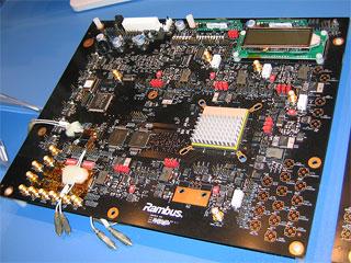 XDR DRAMのテスト基板