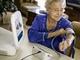 Intel、在宅患者向け医療管理システム「Health Guide」を発表