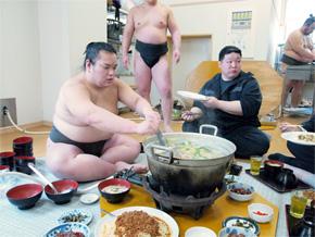 相撲 部屋 ちゃんこ 鍋