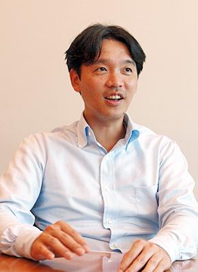 日本オラクル 執行役員 ソフトウェアライセンス事業 製品事業統括 Fusion Middleware事業統括本部長の桐生卓氏