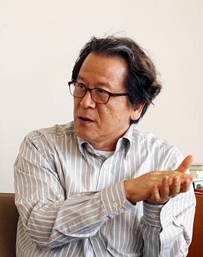 SFC研究所所長で、慶應義塾大学大学院 政策・メディア研究科の金子郁容教授