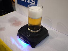 Image result for ビール 泡 作る