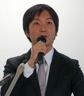 画像 朝倉社長 ミクシィの朝倉祐介社長は11月8日に開いた決算会見で、同社で...  ミクシィ朝