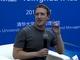 FacebookのザッカーバーグCEO、北京のインタビューで中国語を披露