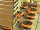 Amazon、Kivaロボットが走り回る最新物流センターの動画を公開