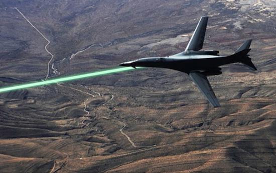 米空軍、ドローン・戦闘機用レー...