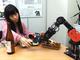 太田智美がなんかやる:180万円の研究開発用「ロボットアーム」と晩酌してみた