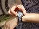 ソニーの電子ペーパー時計「FES Watch U」 写真取り込み機能を追加、Androidにも対応