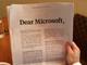 Slack、競合する「Microsoft Teams」発表に歓迎の全面広告