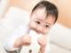 """0〜2歳児の過半数「スマホを使ったことがある」 """"スマホ育児""""の影響、専門家が指摘"""
