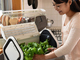 スマホで見守る「IoT水耕栽培キット」 野菜の様子を見ながら簡単育成