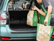 Amazon、ドライブスルー式食料雑貨実店舗「AmazonFresh Pickup」 注文後15分でピックアップ