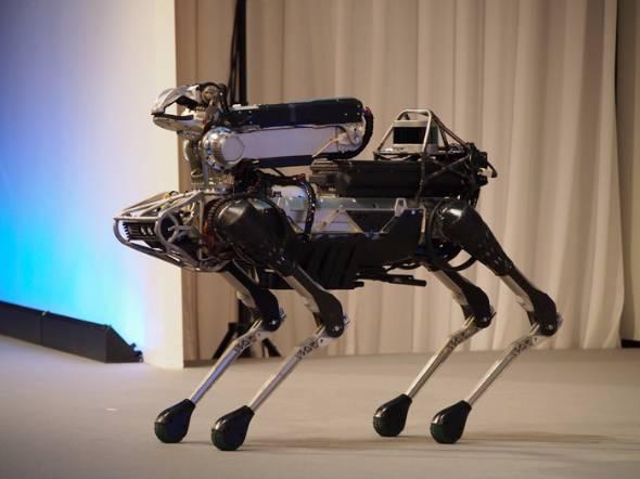 米Boston Dynamicsが開発する小型ロボット「SpotMini」