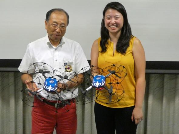 ハウステンボスの富田直美取締役CTOとIntelのナタリー・チェン ジェネラルマネージャー