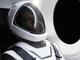 イーロン・マスク氏、NASAに納品予定の宇宙服を初披露