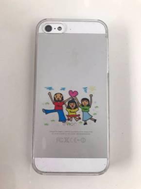 壊れたiPhone 5とママ