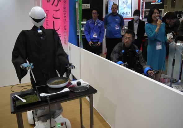 焙煎するロボット