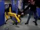Boston Dynamics、ドアを開けたいロボットを邪魔する動画がいじめにしか見えない