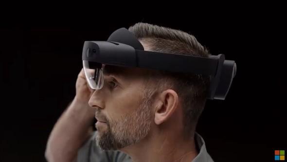 【IT】Microsoft、「HoloLens 2」発表 指認識でつまみ操作、視野角は2倍に 法人向けに3500ドルから