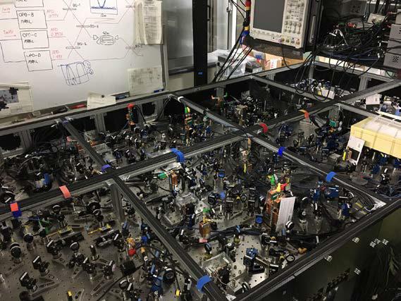 東大、光量子コンピュータに進展 大規模な「量子もつれ」を生成、常温・省スペースの量子計算へ
