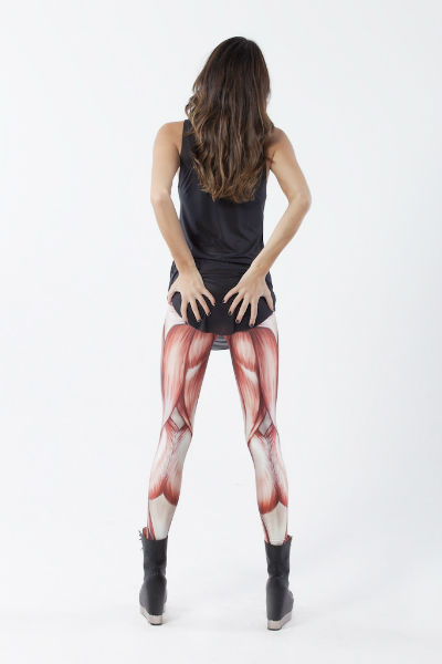 MUSCLES LEGGINGS(左)とLEG BONES LEGGINGS(右)