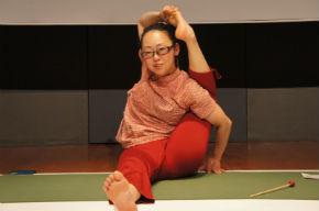 ah_yoga08.jpg