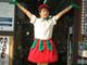 「大好きでした」——老舗「ムトウ楽器店」が89年の歴史に幕 アイドルヲタに愛された名物コスプレ店長