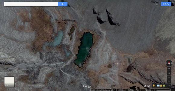謎の湖底都市