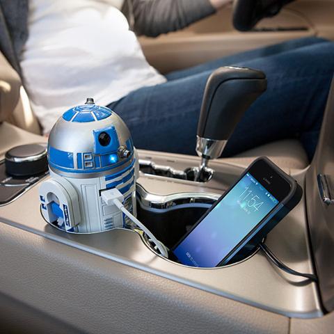画像(R2-D2のUSB社内充電器1)