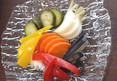 画像(「いろいろ野菜のホームメイドピクルス(600円)」)