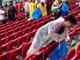 日本代表サポーターの試合後のゴミ拾い 「文化的な遺産」としてリオ州政府観光局から表彰