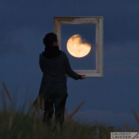 ah_moon9.jpg
