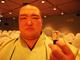 国技館にカプセル自販機が設置されるとな!? 日本相撲協会公式ガチャ発売