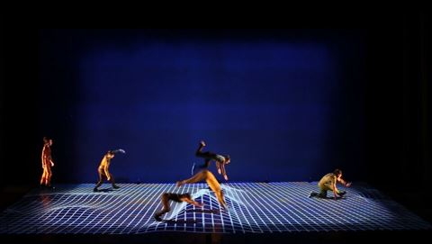 ah_dance4.JPG