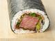 1万2960円の恵方巻がドーン! 中身には「霜降り松阪牛ステーキ」が約400グラム入ってます!!