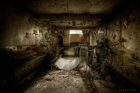 まるでホラー映画の舞台みたい――怖くてもの悲しい欧州の廃病院