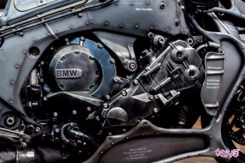 BMWモトラッド