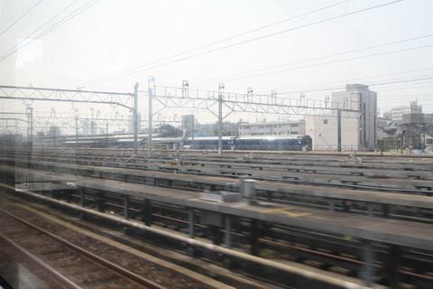train09.jpg